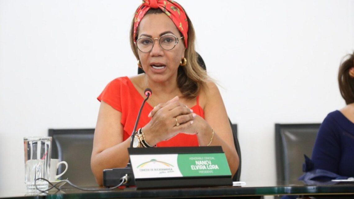 Exconcejal de Bucaramanga Nancy Lora y otros exfuncionarios en líos